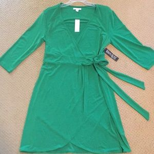 New York and Company green wrap dress